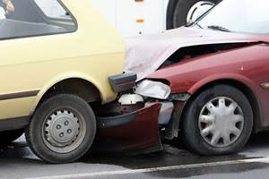 Automobile crash photo for the auto injuries page at PhysioHealth, Kent, WA